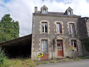 maison à Le Saint (56)