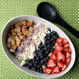 Spring Salad With Chicken and Berries.