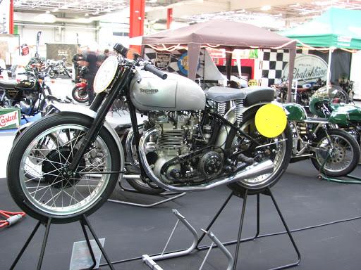 Sa majesté la 5OO Triumph Grand Prix.