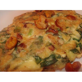 Chanterelle and Spinach Omelette