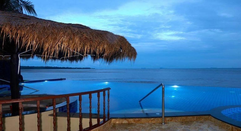 Sara Beachfront Boutique Resort