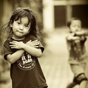 My pose by Lensa Surabaya - Babies & Children Child Portraits ( my pose lensa surabaya )