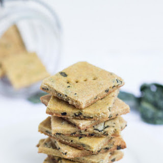 Cheezy Kale & Quinoa Crackers