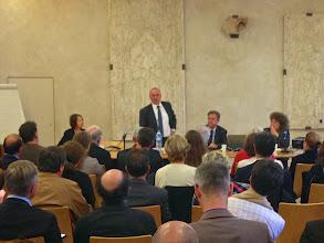 Photo: Allocution de bienvenue par Patrice CORRE, proviseur du Lycée Henri IV