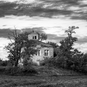 Abandoned House Ashland by Gayle Mittan - Buildings & Architecture Decaying & Abandoned ( limestone, clouds, old, building, mansion, black and white, stone, ashland nebraska, 1875, house, architecture, beetison, historic, empty, cloudy, nebraska, abandoned,  )