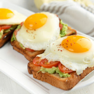 Egg, Tomato & Avocado Delight.