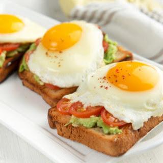 Egg, Tomato & Avocado Delight.