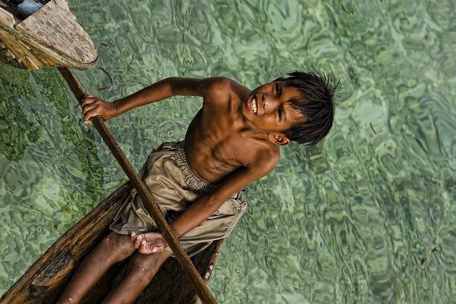 Mabul Island , Malaysia by Taro Kimura - People Portraits of Men