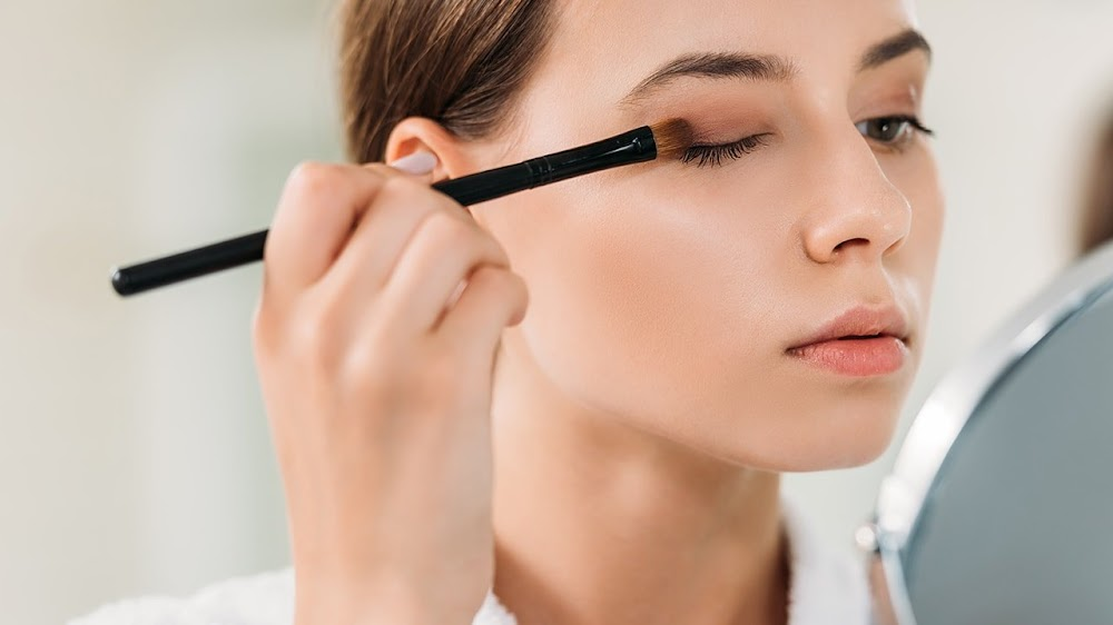 all-types-of-makeup-products_eyeshadow