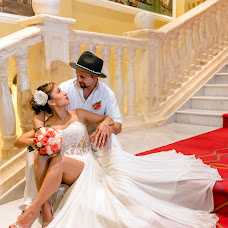 Wedding photographer Esthela Santamaria (Santamaria). Photo of 17.01.2019