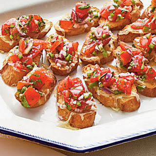 Pico de Gallo Bruschetta