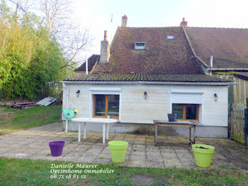 maison à Cours-les-Barres (18)