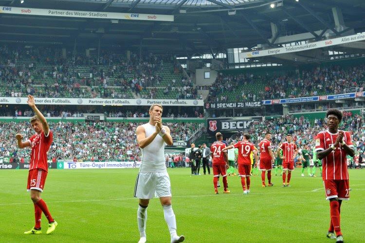 """Aderlating voor Bayern München in Duitse titelstrijd: """"Sterkhouder staat enkele weken aan de kant"""""""
