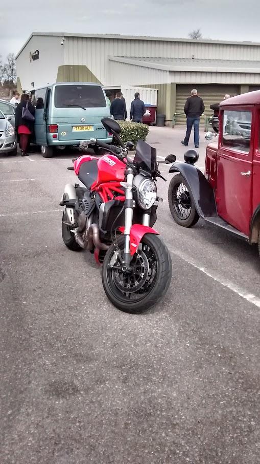 Monster 1200 Ducati                 2014