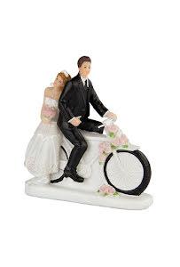 Brudpar på cykel