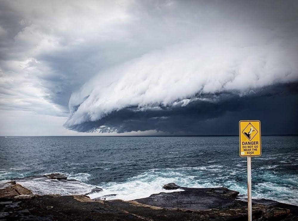 Nuvens de prateleira, as sinistras nuvens tsunamis