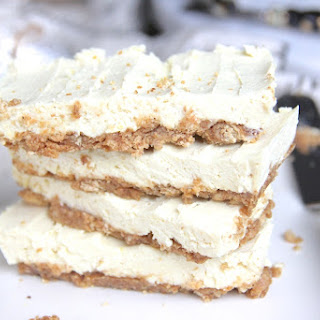 No-Bake Lemon Cream Pie Protein Bars