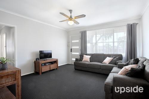 Photo of property at 7 Darley Court, Frankston North 3200