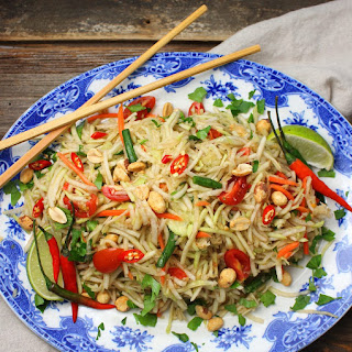Green Papaya Salad (Som Tum) Recipe