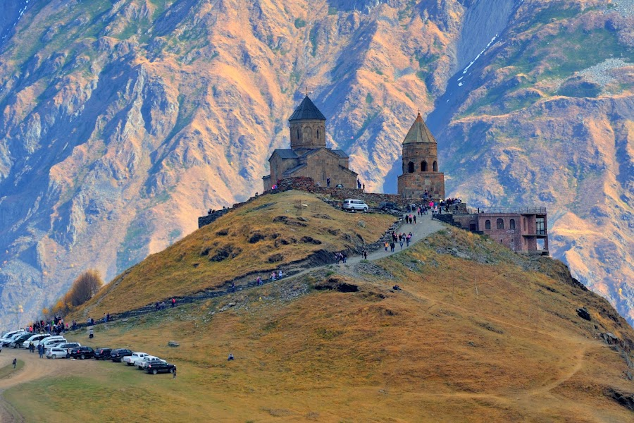 Cminda Sameba by Tomasz Budziak - Buildings & Architecture Public & Historical ( mountains, church, architecture )