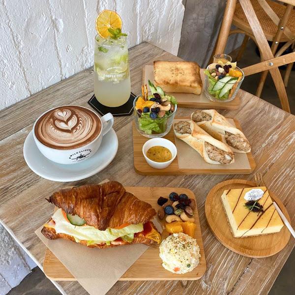 Sinyi Cafe 心藝咖啡