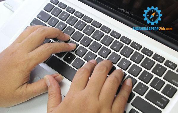 huong-dan-sua-chua-laptop-11