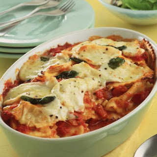 Tomato, Mozzarella and Basil Pasta Casserole