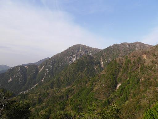 ハライド付近から御在所岳と国見岳