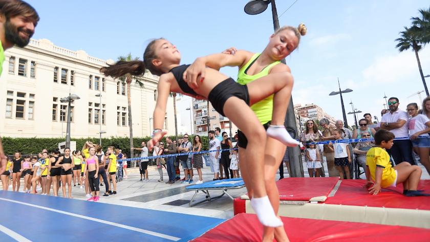 Las calles de Almería se van a llenar de deporte.