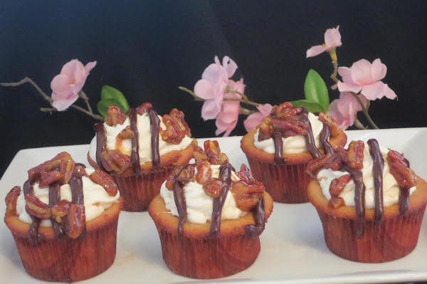 Spiced And Loaded S'mores Cupcakes Recipe
