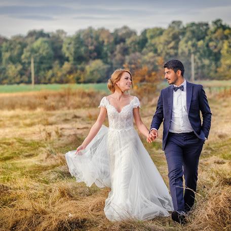 Wedding photographer Mihai Dumitru (mihaidumitru). Photo of 17.10.2017