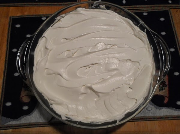 Take the thawed cool whip, and place on the banana pudding, and smooth out....