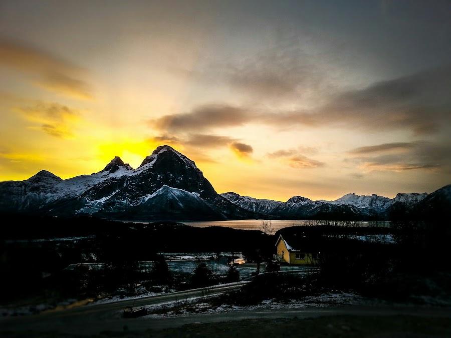 January light by Elisabeth Sjåvik Monsen - Instagram & Mobile Android ( sky, mountain, winter, nature, january, horizon, landscape, arctic circle, norway,  )