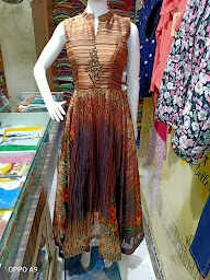 Mahalaxmi Boutique photo 8