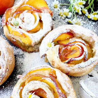 Fresh Peach Dessert Recipe with Mascarpone and Puff Pastry.