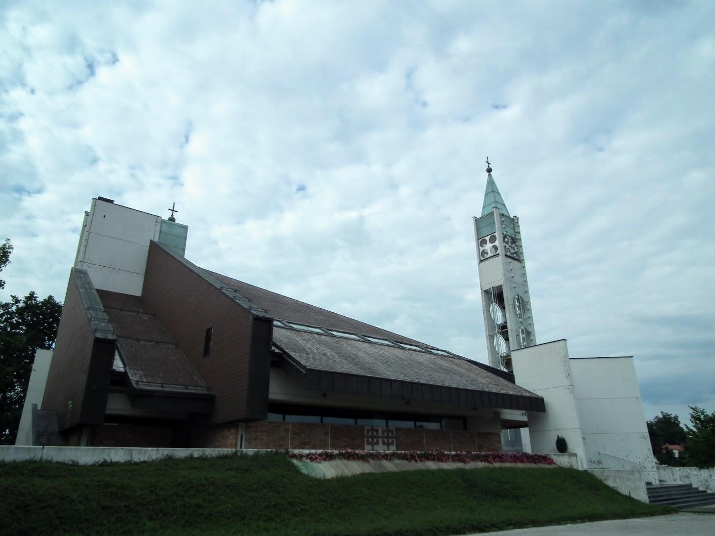 Radenci - cerkev sv. Cirila in Metoda (Szent Cirill és Metód rk. templom)