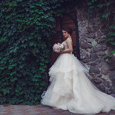 Wedding photographer Kseniya Grebonos (XeniyaGREBONOS). Photo of 01.02.2018