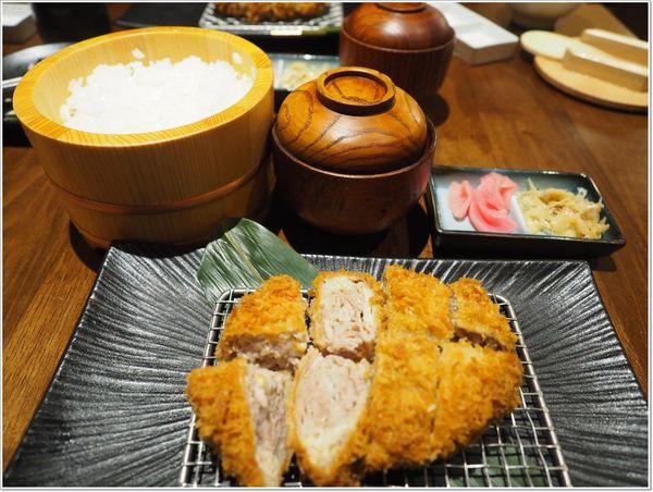 晴木千層豬排-台中三井店