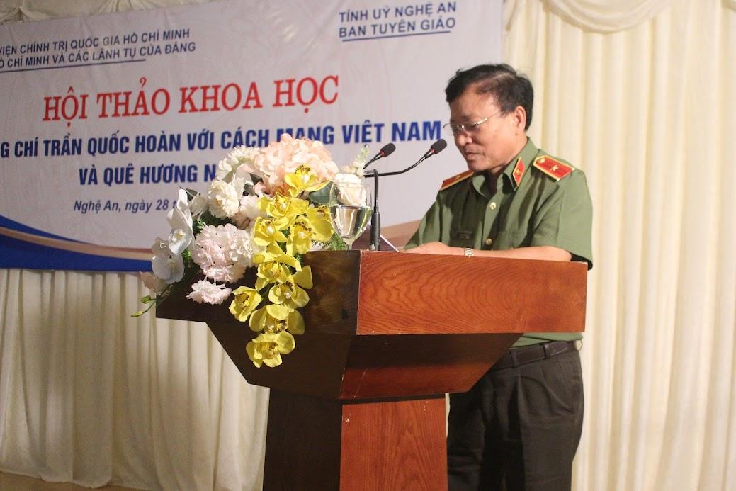 Thiếu tướng Nguyễn Hồng Thái, Tổng biên tập Tạp chí Công an nhân dân phát biểu tại Hội thảo