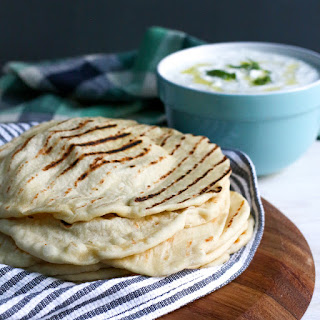Pita Bread with Tzatziki Sauce