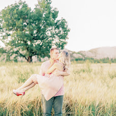 Wedding photographer Arina Fedorova (ArinaFedorova). Photo of 13.08.2018