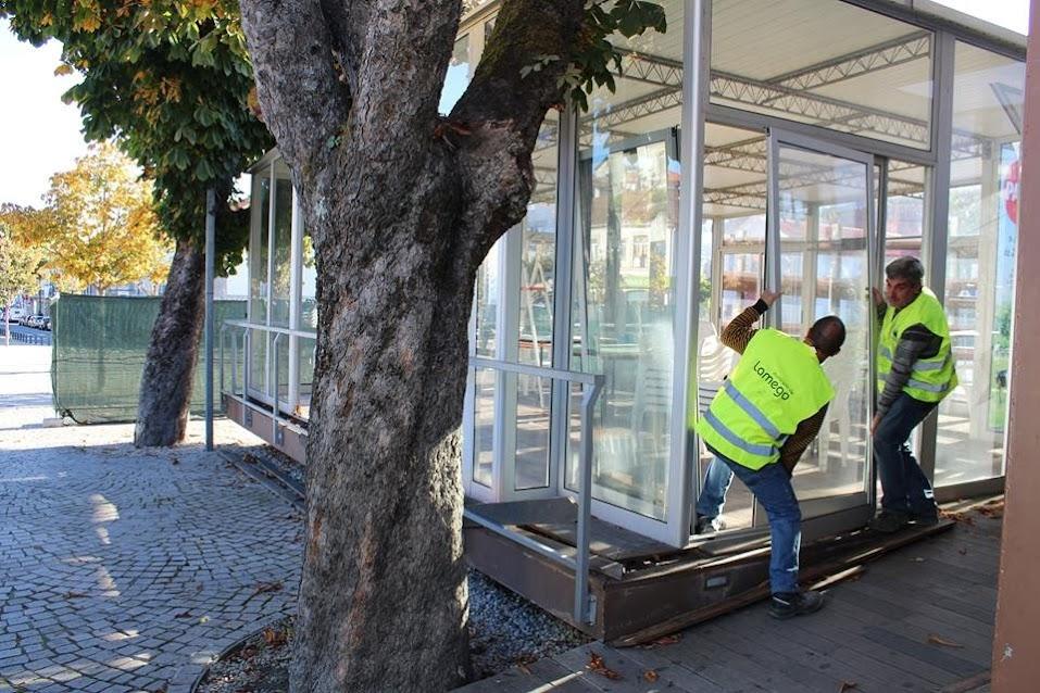 """Câmara de Lamego inicia demolição do """"Café 4 Estações"""""""