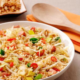 Chinese Nasi Met Zwarte En Rode Peper