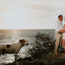 Wedding photographer Simon Bez (simonbez). Photo of 07.08.2018