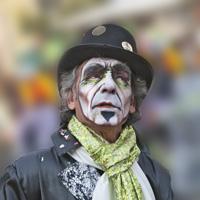 Uomo mascherato di vagero