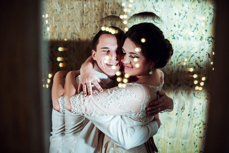 Wedding photographer Olga Piskalova (Piskalova). Photo of 02.01.2016