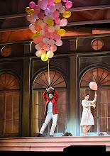 Photo: WIENER VOLKSOPER: GRÄFIN MARIZA. Inszenierung: Thomas Enzinger. Premiere 22.3.2014.  Boris Eder, Anita Götz. Foto: Barbara Zeininger