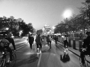 Photo: http://criticalmass.berlin - Frühlingsauftakt in Berlin - 24.04.2015 - Aufs Brandenburger Tor zu. #criticalmass #berlin #bike #fun