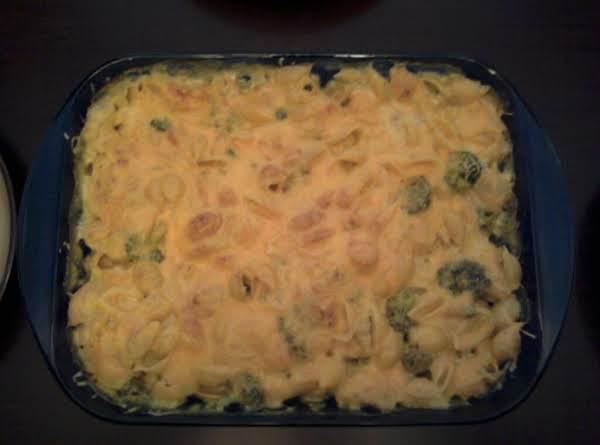 Cheesy Chicken & Broccoli Pasta Bake Recipe