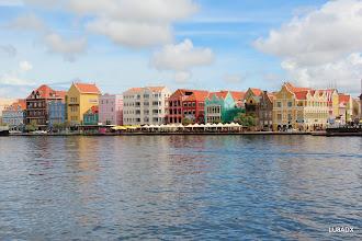 Photo: Vista panoramica del centro de Willemstad (Punda), Curazao